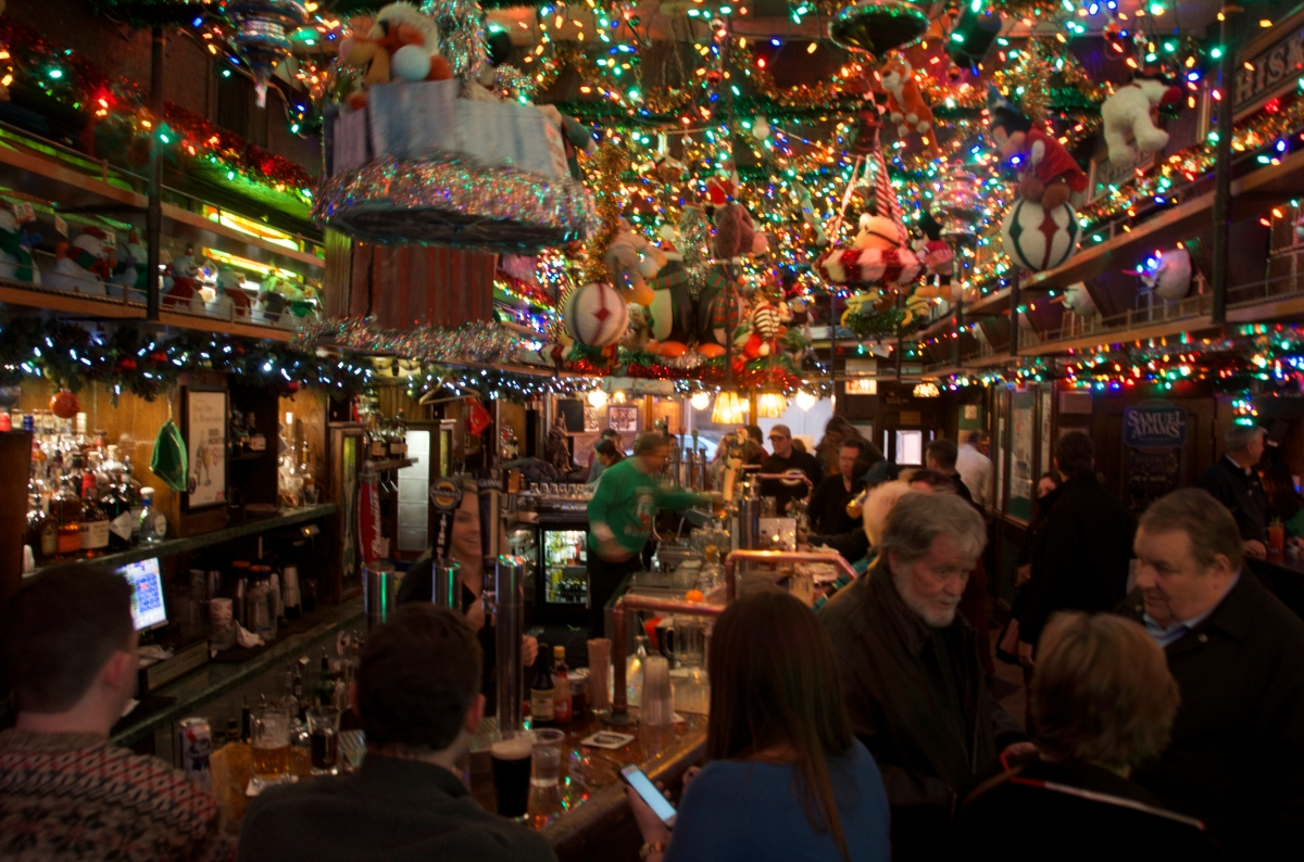 Butch McGuire's Irish Pub,                            Christmas Day, 2016